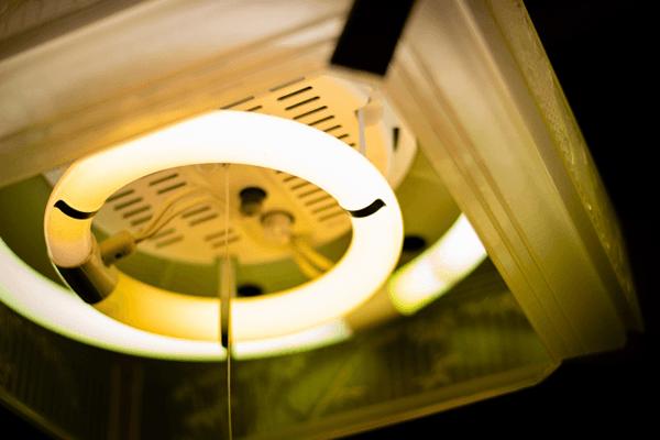 LED照明に変更